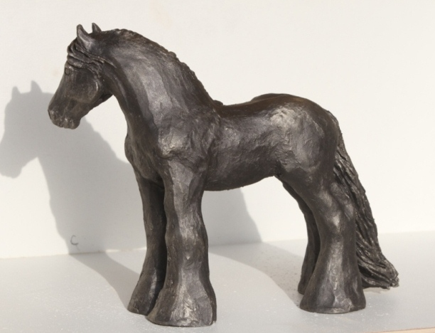 sculpture irish-cob